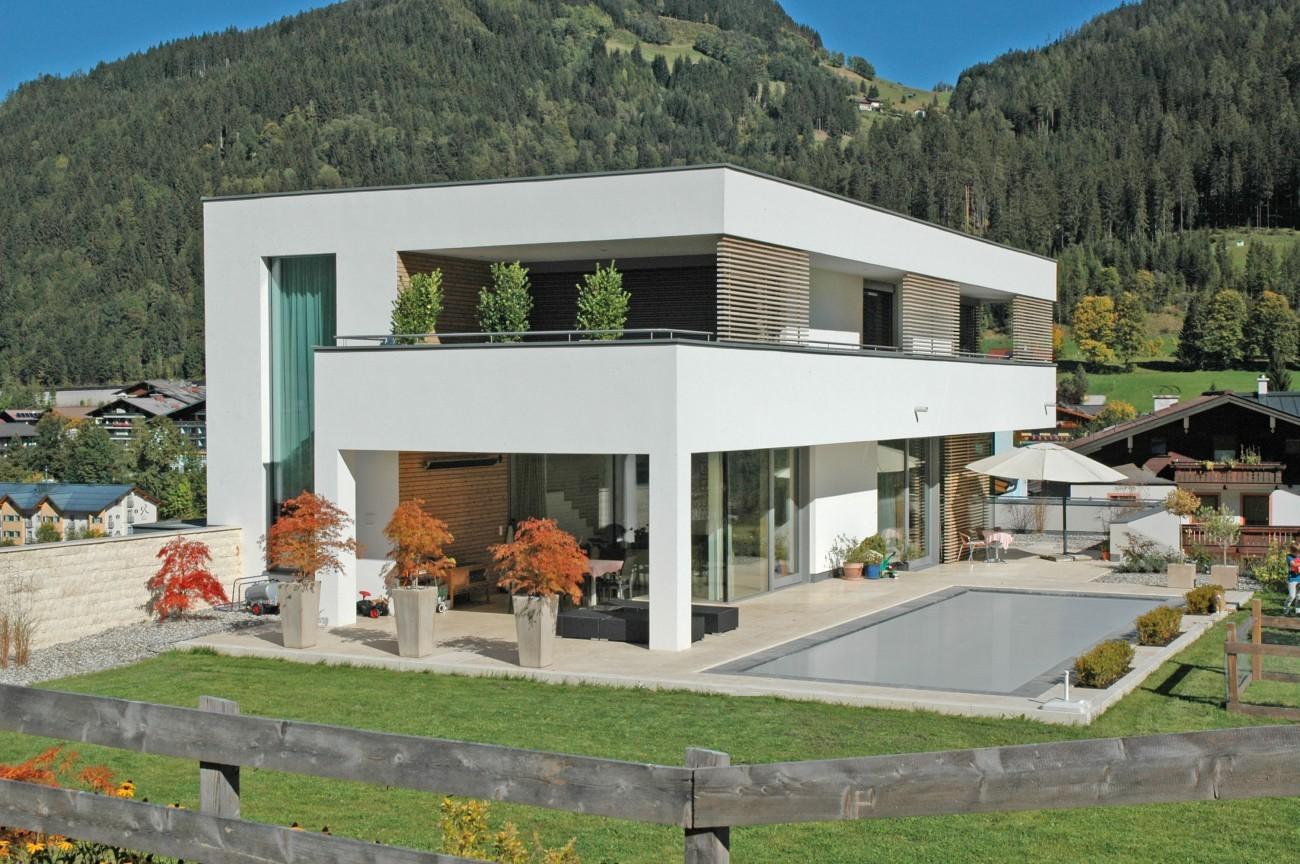 Wohnhaus Mit Pool In Flachau
